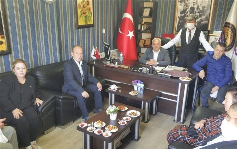 İYİ Parti Saray ziyaretlerini sürdürüyor