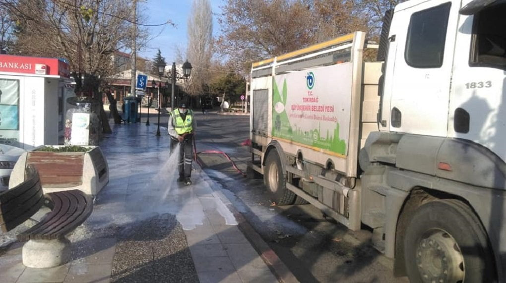 Büyükşehir 11 İlçede Dezenfekte Çalışmalarını Sürdürüyor