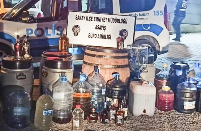 Yılın son gününde 619 litre kaçak içki ele geçirildi