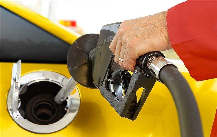 Benzin, motorin ve LPG'ye büyük indirim!