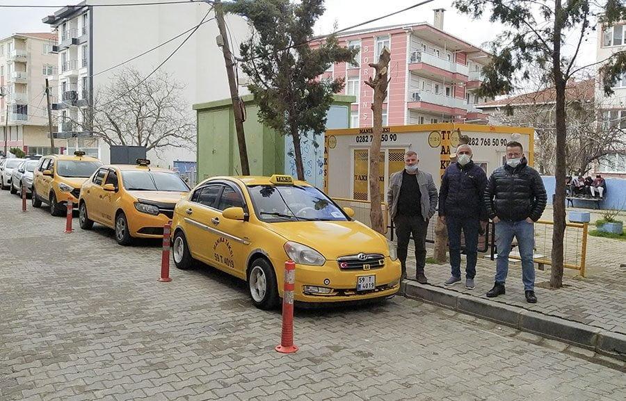 Manika Taksi Saray Halkının Hizmetinde