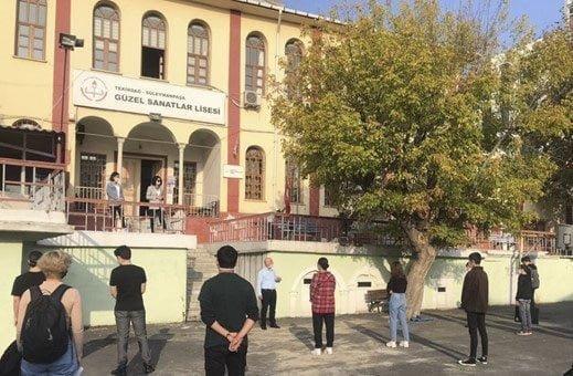 """""""1000 Okul Projesi"""" Kapsamındaki 160 Öğrenciye Sanat Eğitimi"""